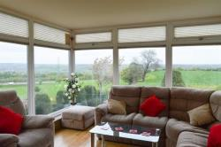 Detached House To Let Fixby Huddersfield West Yorkshire HD2