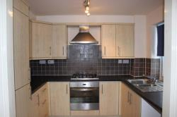 Flat To Let Ainley Top Huddersfield West Yorkshire HD3