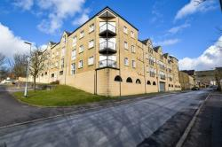 Flat For Sale Crown Road Boothtown West Yorkshire HX3
