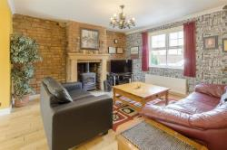 Detached House For Sale Union St Desborough Northamptonshire NN14