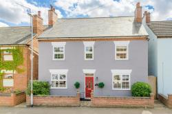 Detached House For Sale  Desborough Northamptonshire NN14