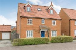 Detached House For Sale  Mawsley Northamptonshire NN14