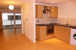 Flat To Let Concord Street Leeds West Yorkshire LS2