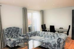 Flat To Let New York Road Leeds West Yorkshire LS2