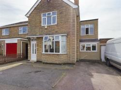Detached House For Sale  Enderby Leicestershire LE19
