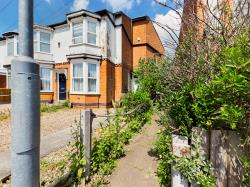 Terraced House For Sale  Ratby Leicestershire LE6