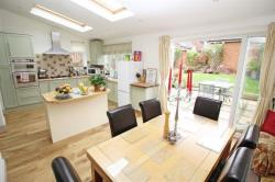 Detached House For Sale  Rosebery Avenue Bedfordshire LU7