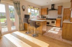 Detached House For Sale  Borough Road Bedfordshire LU5