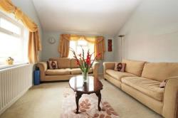 Detached House For Sale  Harrow Road Bedfordshire LU7