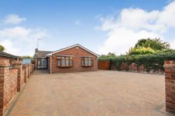 Detached Bungalow For Sale  Totternhoe Bedfordshire LU6