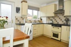 Semi Detached House For Sale Jeffery Court Bristol Gloucestershire BS30