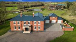 Detached House For Sale  Fotherby Lincolnshire LN11