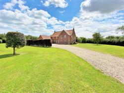 Detached House For Sale  Anderby Lincolnshire PE24