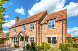 Detached House For Sale Donington-on-Bain Louth Lincolnshire LN11