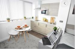Flat To Let Charles Street Manchester Greater Manchester M1