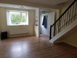 Terraced House To Let Blackmill Bridgend Bridgend CF35