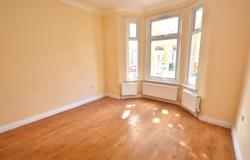 Terraced House To Let  London Greater London E12