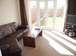 Terraced House To Let Leng Drive Thornbury West Yorkshire BD3