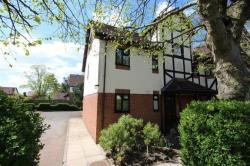 Flat To Let West Park Drive Leeds West Yorkshire LS16