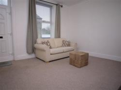 Terraced House To Let  Dawson Street West Yorkshire LS28