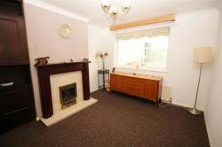 Semi Detached House To Let Peckover Drive Pudsey West Yorkshire LS28