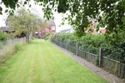 Semi Detached House For Sale South Ferriby Barton-upon-Humber Lincolnshire DN18