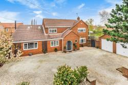 Detached House For Sale Barmby on the Marsh Goole East Riding of Yorkshire DN14