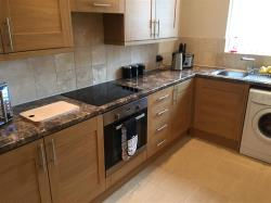 Flat To Let  Rotherham South Yorkshire S61