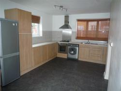Semi Detached House To Let  Rotherham South Yorkshire S63
