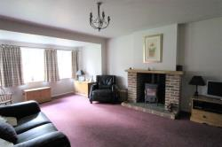 Detached House To Let  Sheffield South Yorkshire S10