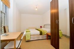 Flat To Let  Columbia Road Greater London E2