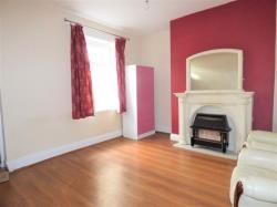 Terraced House To Let Grouse Street Keighley West Yorkshire BD21