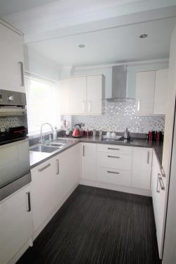 Terraced House For Sale Chelsfield Grove Manchester Greater Manchester M21
