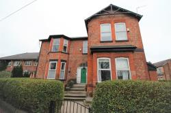 Flat To Let  Manchester Greater Manchester M22