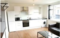 Flat To Let  Manchester Greater Manchester M14