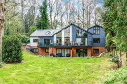 Flat For Sale  Digswell Hertfordshire AL6
