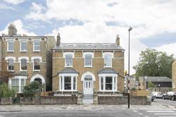 Terraced House For Sale  London Greater London N16