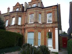 Flat To Let  Newlands Park Greater London SE26