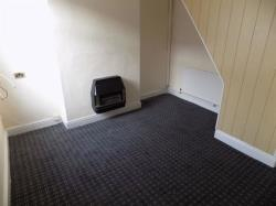 Terraced House To Let Roscoe Street Middlesbrough Cleveland TS1