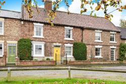Terraced House For Sale St. James Green Thirsk North Yorkshire YO7