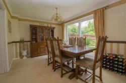 Detached House For Sale  Mill End Close Bedfordshire LU6