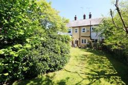 Terraced House For Sale  Vicarage Road Bedfordshire LU7