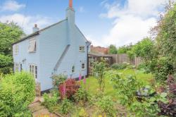 Detached House For Sale  Ivinghoe Bedfordshire LU7