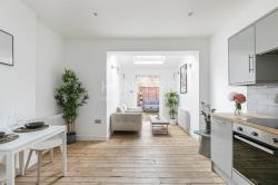 Flat For Sale  London Greater London NW2