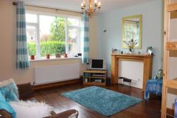 Terraced House To Let Dorts Crescent Church Fenton North Yorkshire LS24