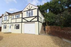 Flat To Let Sunray Estate Sandhurst Berkshire GU47