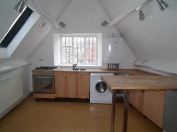 Flat To Let High Street Wotton Under Edge Gloucestershire GL12
