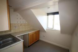Flat To Let Long Street Wotton Under Edge Gloucestershire GL12