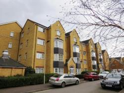 Flat For Sale  Bedford Bedfordshire MK40