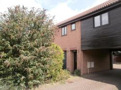 Flat To Let  Cranfield Bedfordshire MK43